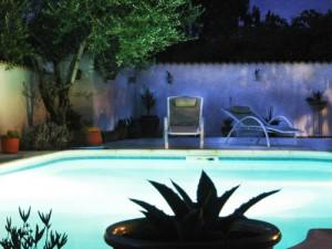 piscine a Nimes, dans le Gard